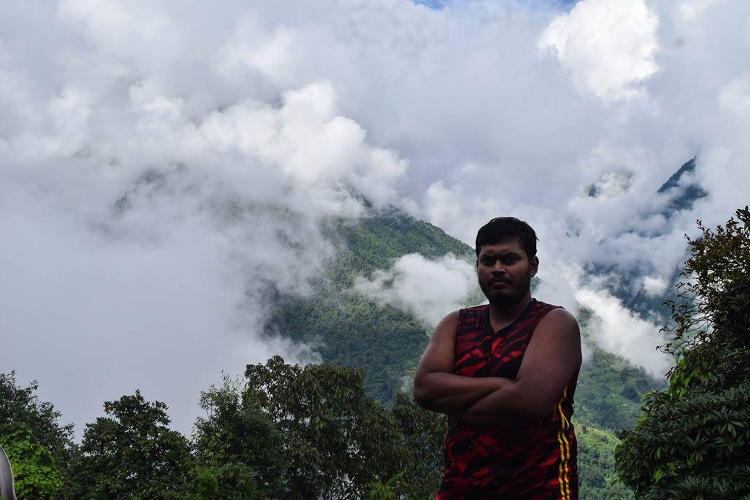 চমরং নেপাল Chomrong Nepal