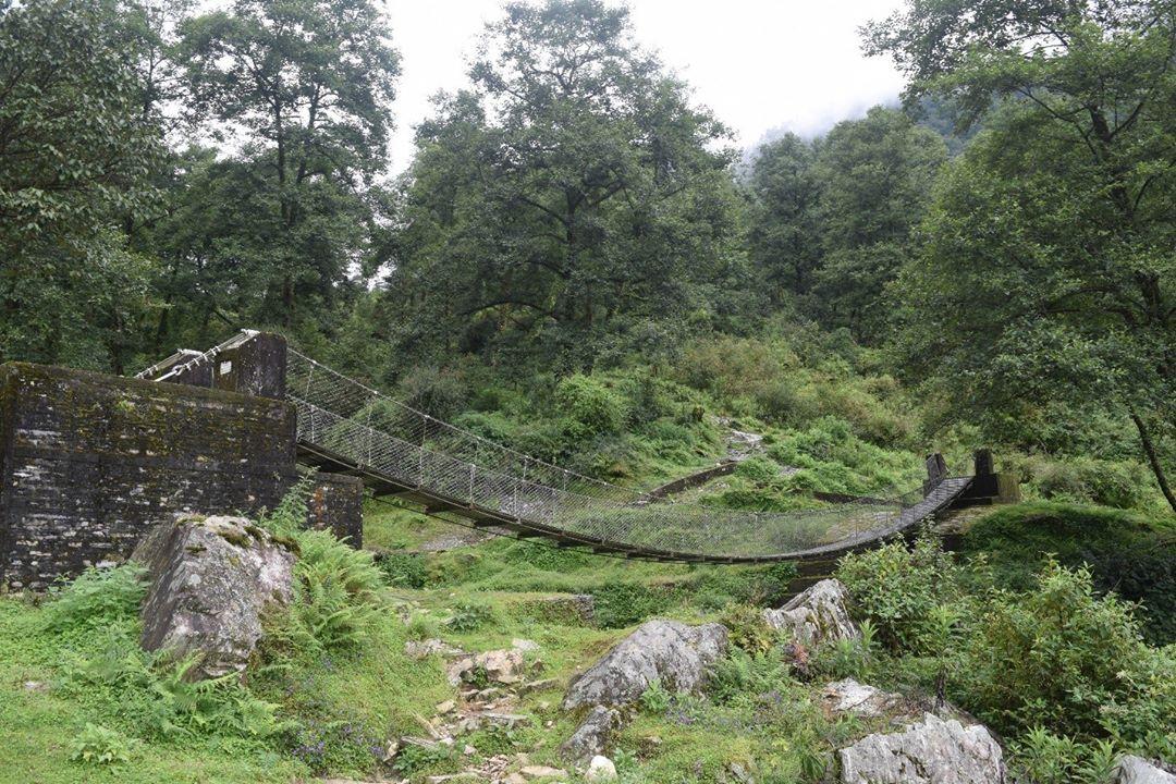 ঝুলন্ত ব্রিজ Hanging Bridge